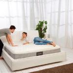 Советы по выбору кровати для здорового сна