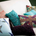 Декоративные подушки как элемент интерьера